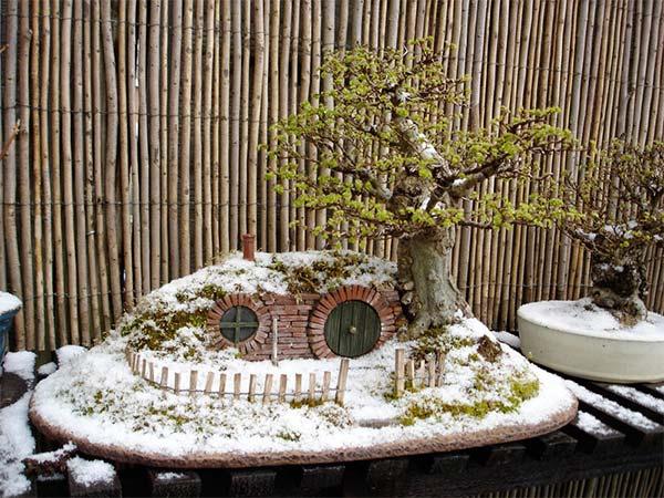 盆栽とエルフの融合冬バージョン