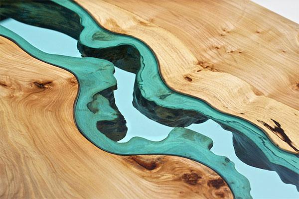 川が流れるテーブル詳細